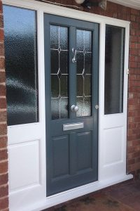 Accoya grey front door with side panels