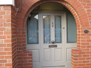 Accoya entrance door with sidelights