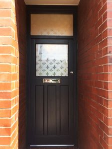 Accoya wood door with decorative glass