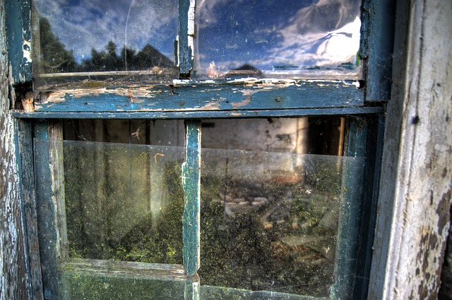 Window in a state of disrepair