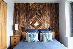Dark Accoya feature Wall